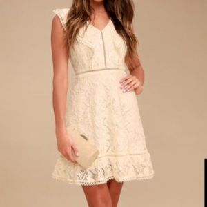 Rease Cream Lace Ruffled Dress